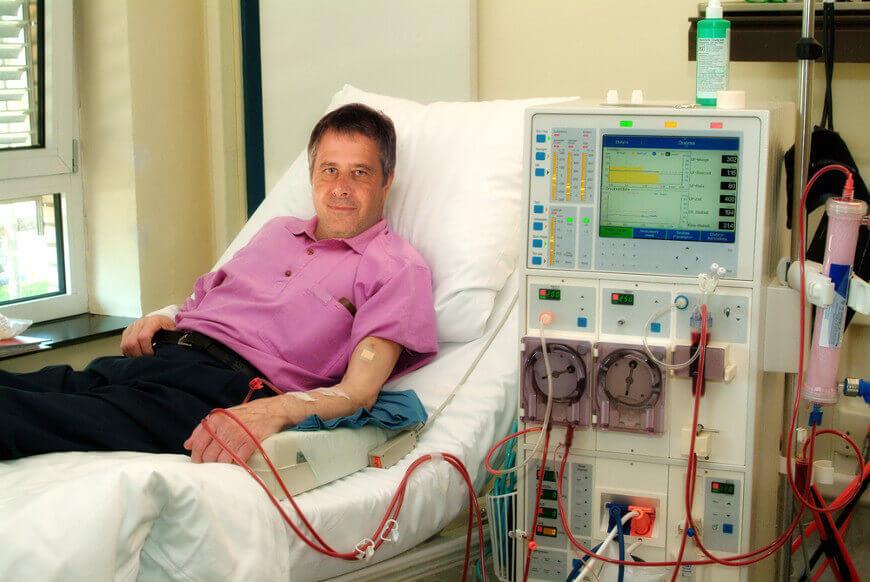 O tratamento dialítico é recomendado, principalmente, para pacientes que corram risco de morte.