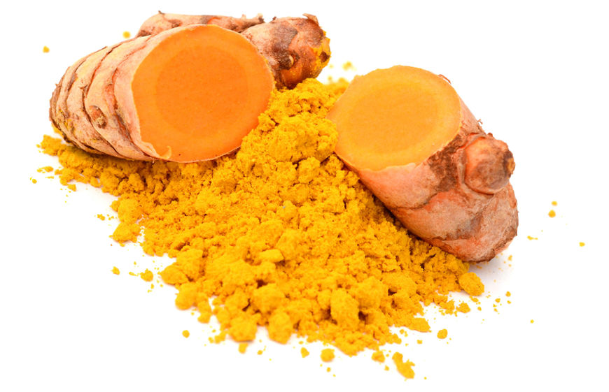 O rizoma da cúrcuma pode ser desidratado e moído, formando um pó denominado turmérico, muito utilizado na culinária.
