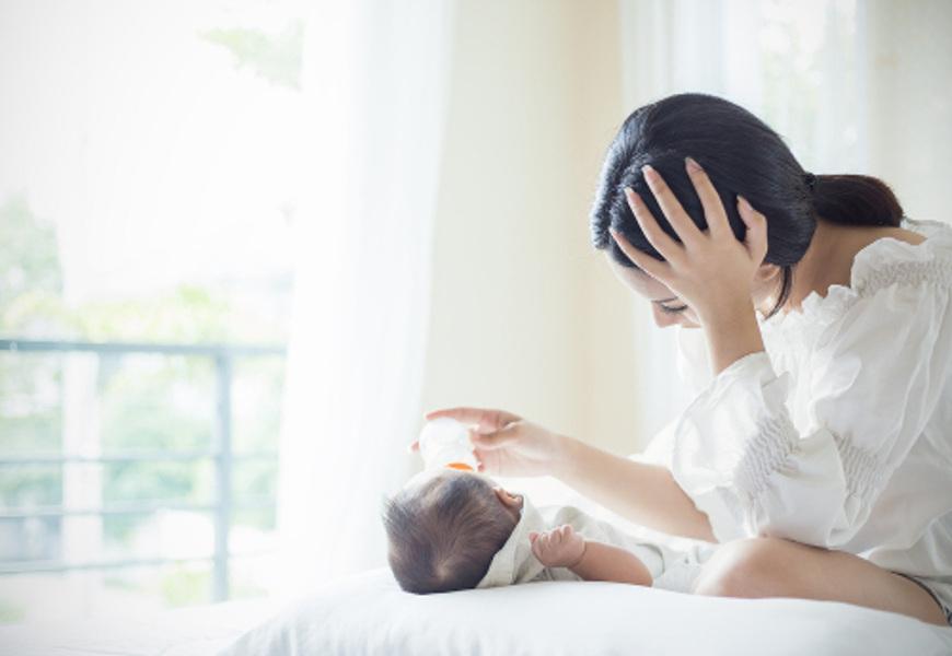 Mulheres em idade fértil, em especial após o parto, fazem parte do grupo de risco para a depressão.