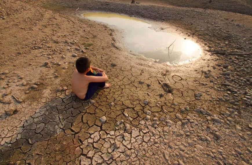 As mudanças climáticas podem causar alterações no regime de chuvas, podendo causar secas extremas em diversos locais.
