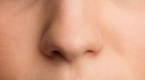 Close de nariz