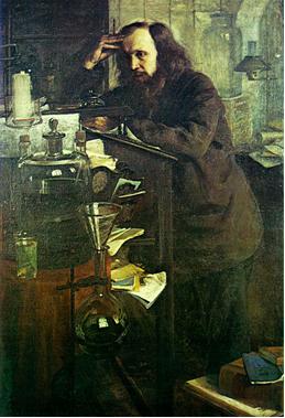 Mendeleiev debruçado sobre sua mesa de estudos