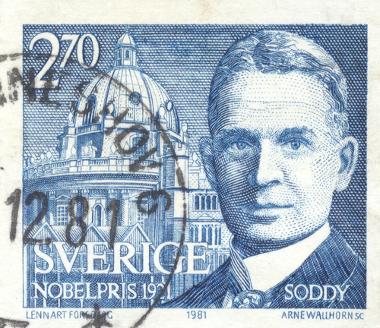 Frederick Soddy (1877-1956) recebeu o prêmio Nobel de Química em 1921 *