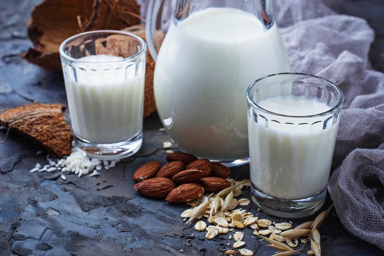 A lactose é um dissacarídeo encontrado no leite.