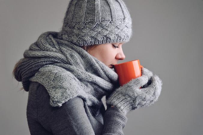 A hipotermia pode ser causada pela perda da capacidade homeotérmica e pela exposição ao frio extremo.
