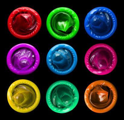 A melhor forma de prevenir-se contra uma DST é através do uso de preservativos