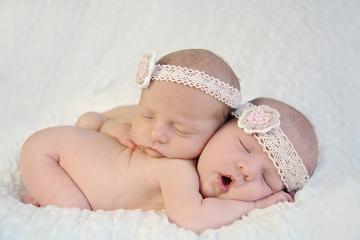 Os gêmeos idênticos compartilham o mesmo material genético