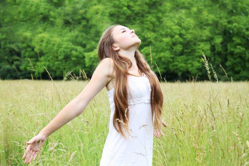Para o ar entrar em nossos pulmões é necessária a movimentação simultânea de músculos